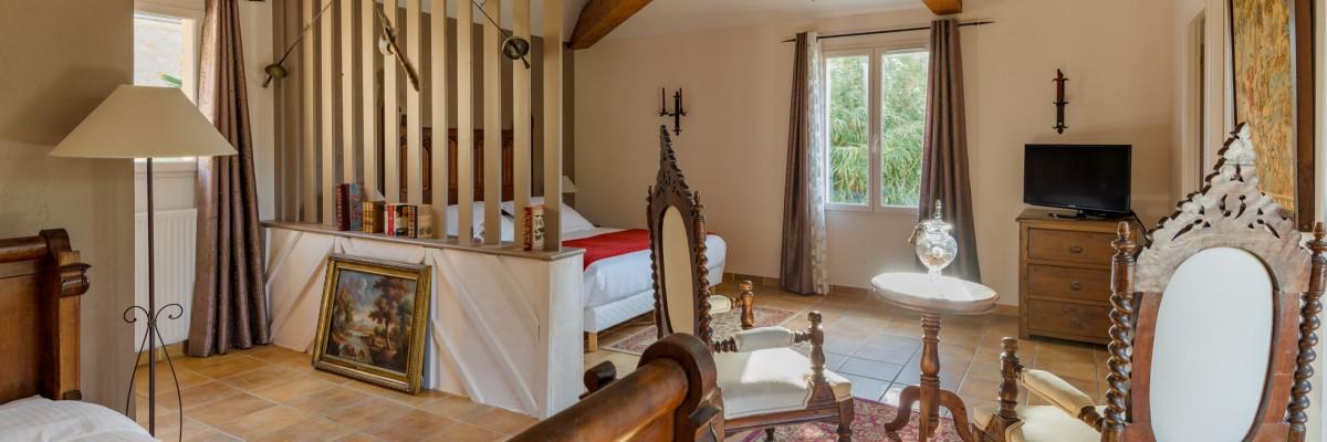la barde montfort des chambres du confort et de l 39 espace. Black Bedroom Furniture Sets. Home Design Ideas