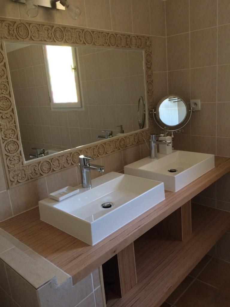 Véronica, salle de bain